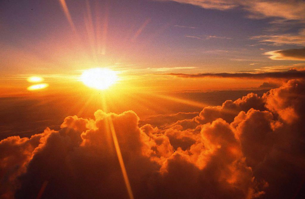Поведение испытаний на воздействие солнечного излучения